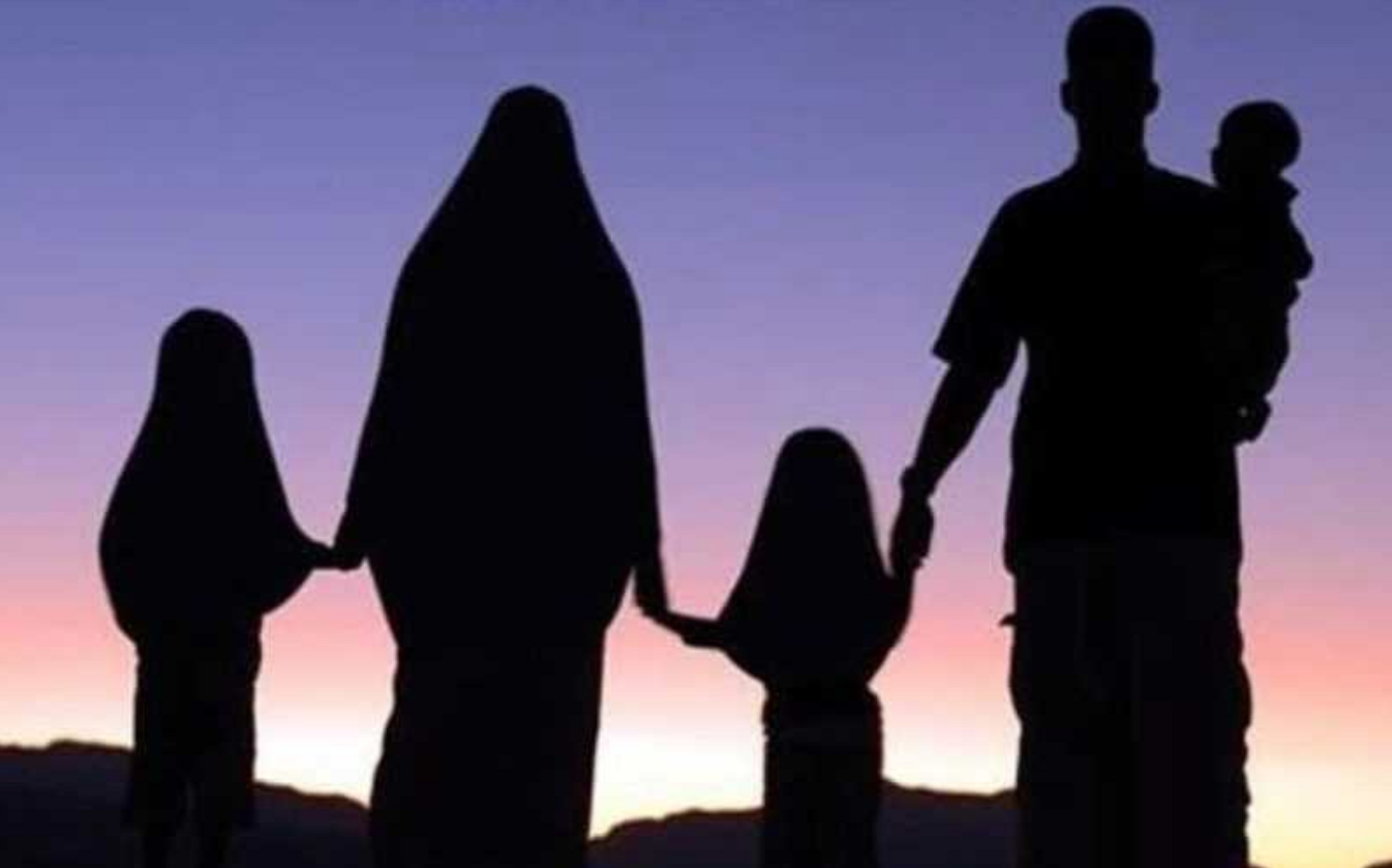 7 Adab Seorang Anak Kepada Orang Tua Menurut Imam Al-Ghazali